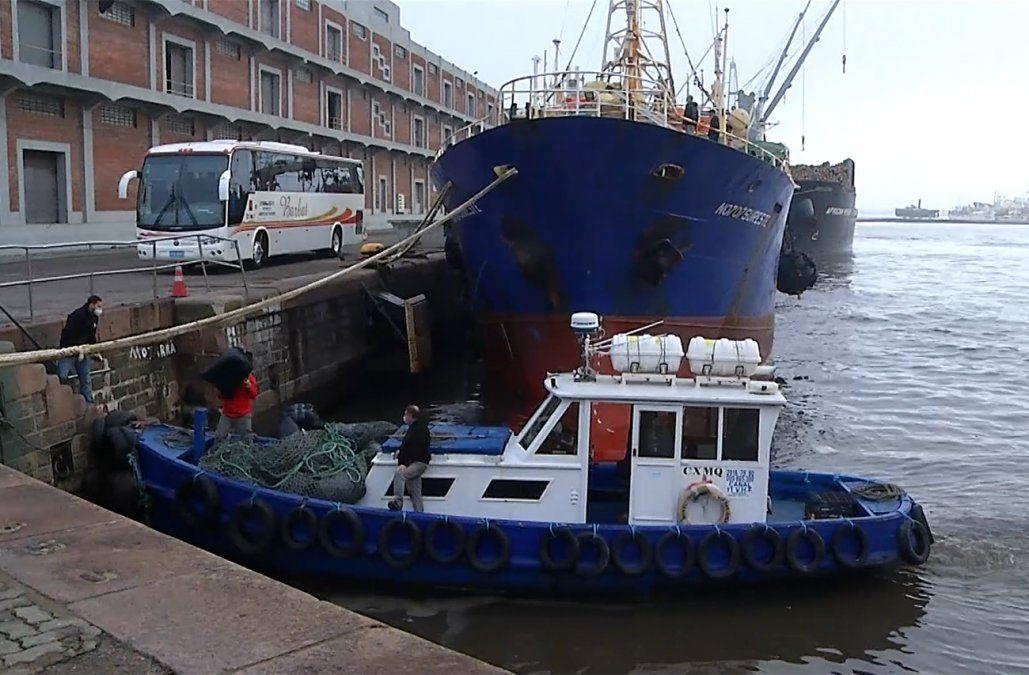 Operativo sanitario en el mar: dos tripulantes internados en CTI con Covid y tres con síntomas