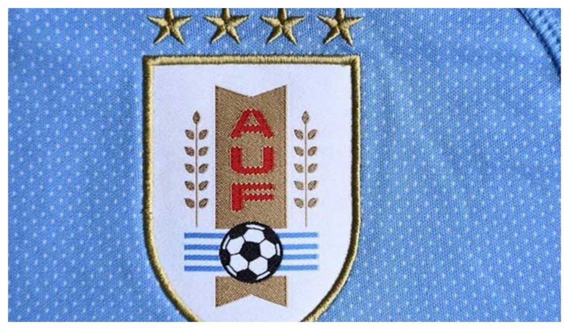 FIFA intimó a Puma a sacar dos de las cuatro estrellas de la Celeste: ¿qué hará la AUF?