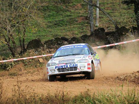 Un muerto y un herido en accidente en Rally de Paysandú