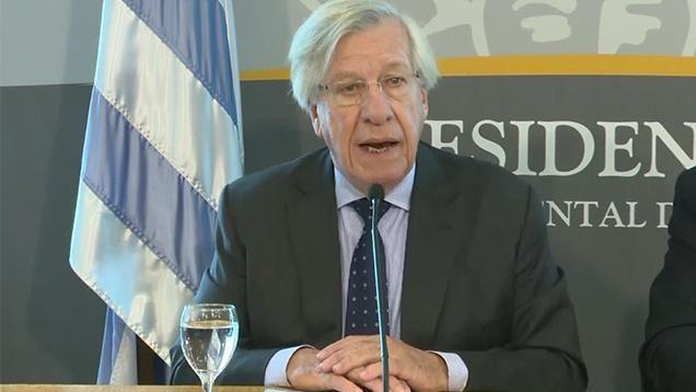 """""""Necesitamos ahorrar y generar mayores ingresos"""", dijo ministro Astori"""