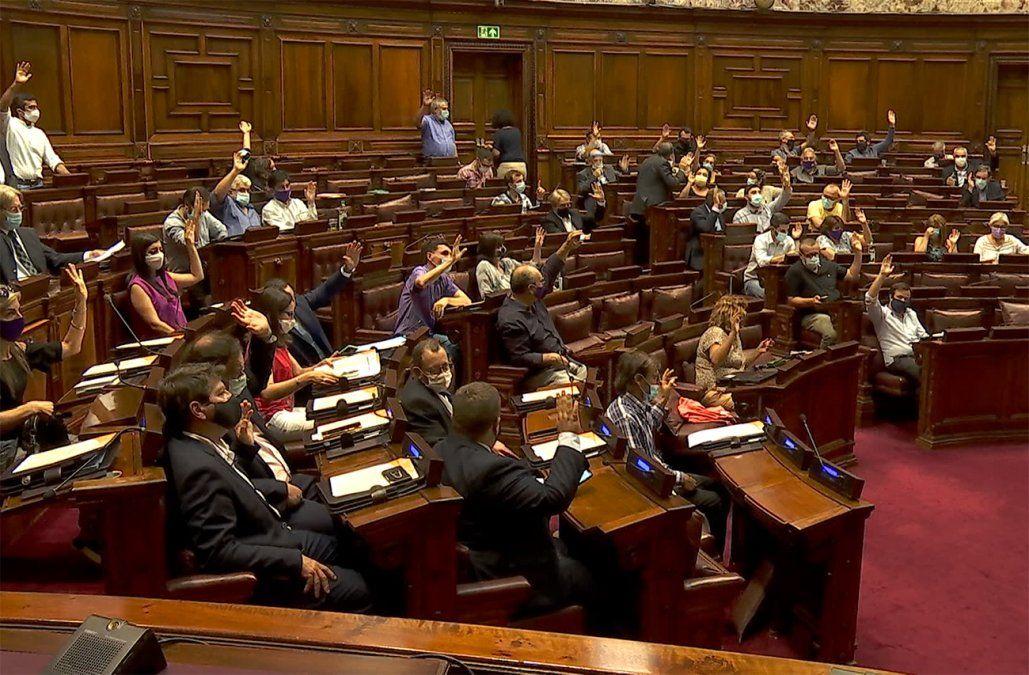 Diputados debaten a esta hora cómo se conforma la comisión investigadora sobre Turismo