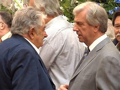 """Mujica dijo que la decisión de Vázquez es """"positiva para el país"""""""