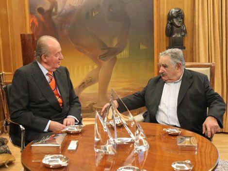 Rey agradeció a Uruguay por recibir españoles tras la crisis