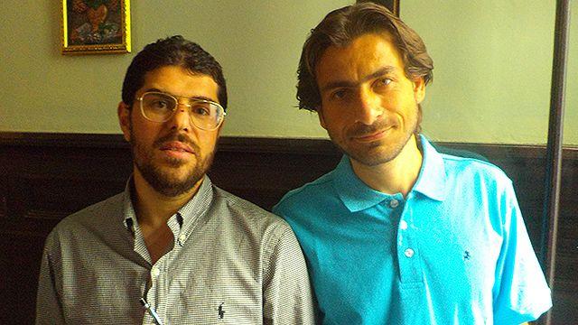 Una tarde con los refugiados: apuntes de español, mate y charlas de fútbol