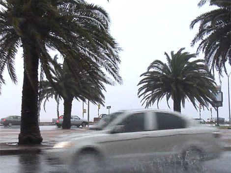 El domingo habrá mucha lluvia y viento fuerte