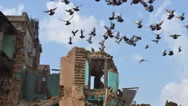 Nepal a una semana del terremoto: 6.621 muertos y 14.023 heridos