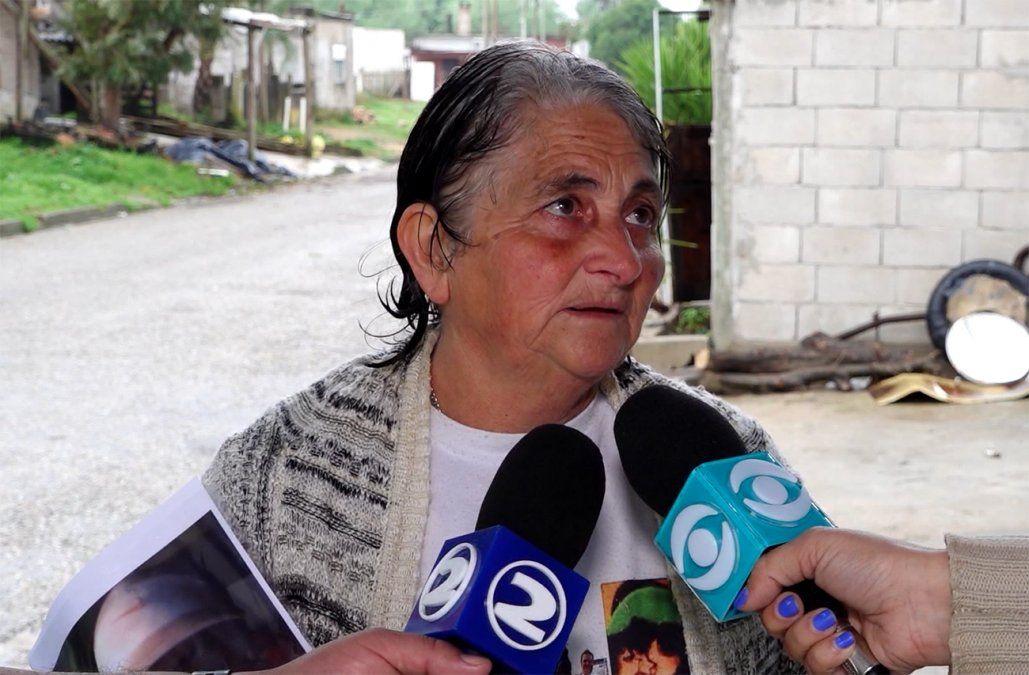 Habló la madre de El Buñuelo y apuntó a la Policía: Me lo acribillan a balazos