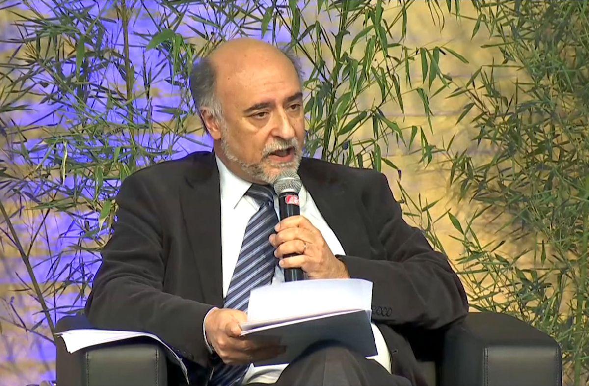 Pablo Mieres anunció proyecto para modificar la ley de negociación colectiva