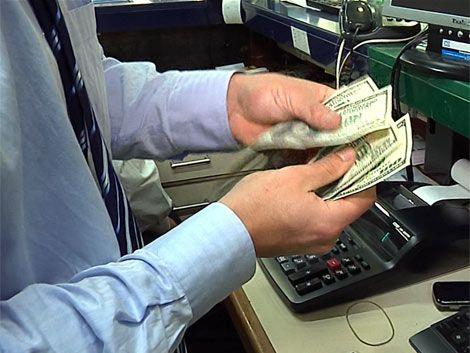 El dólar volvió a cotizar por encima de $ 20