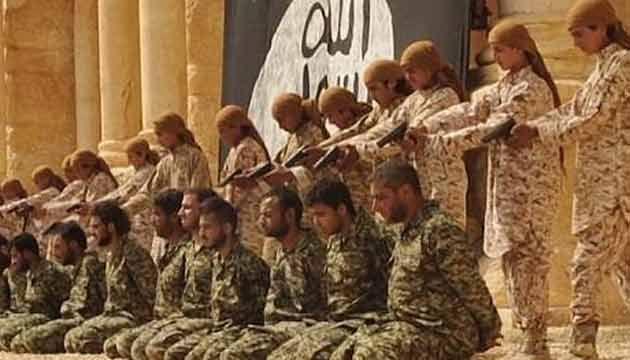 Menores de edad, verdugos del Estado Islámico: asesinaron a 25 soldados