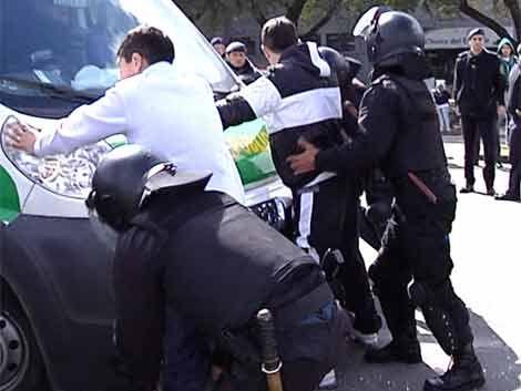 Diez menores detenidos tras partido Cerro-Rampla
