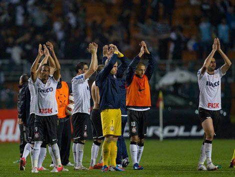 Corinthians llega a su primera final eliminando al último campeón