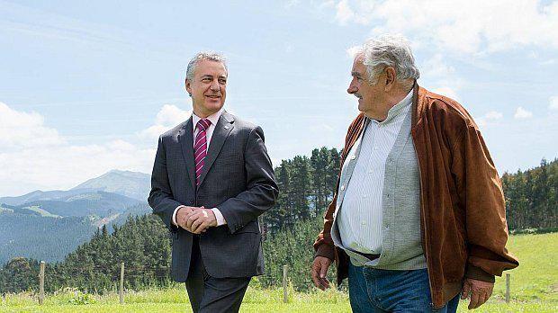Mujica estuvo en Muxica, sitio de donde partió su bisabuelo hacia Uruguay