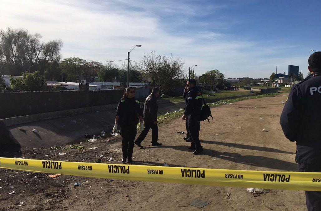 Mujer fue hallada quemada y con signos de violencia en una cañada en Cerro Norte