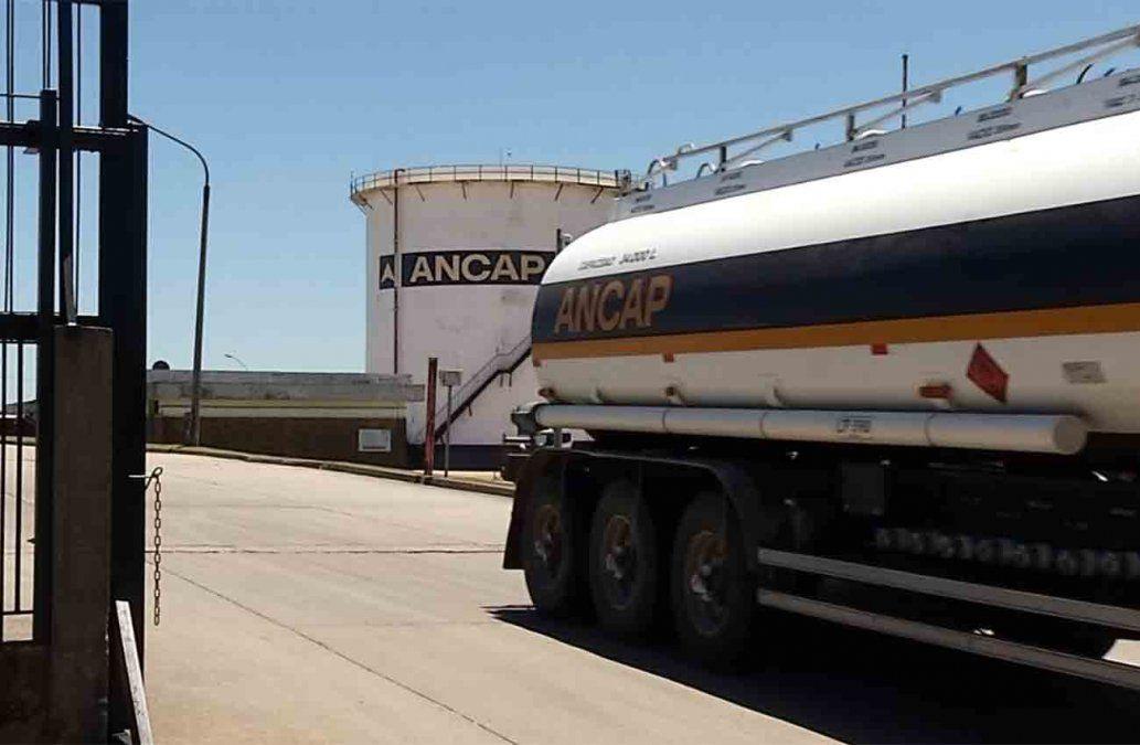 Ancap advierte posible falta de combustible este fin de semana por medida gremial