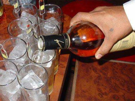 Gobierno anuncia plan para disminuir consumo abusivo de alcohol