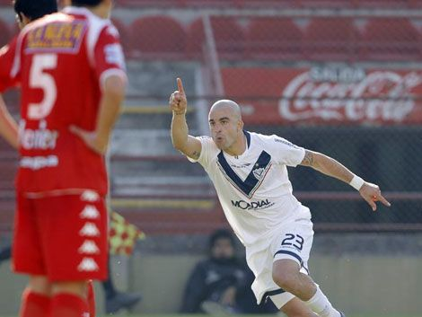 El Tanque Silva vuelve al fútbol italiano
