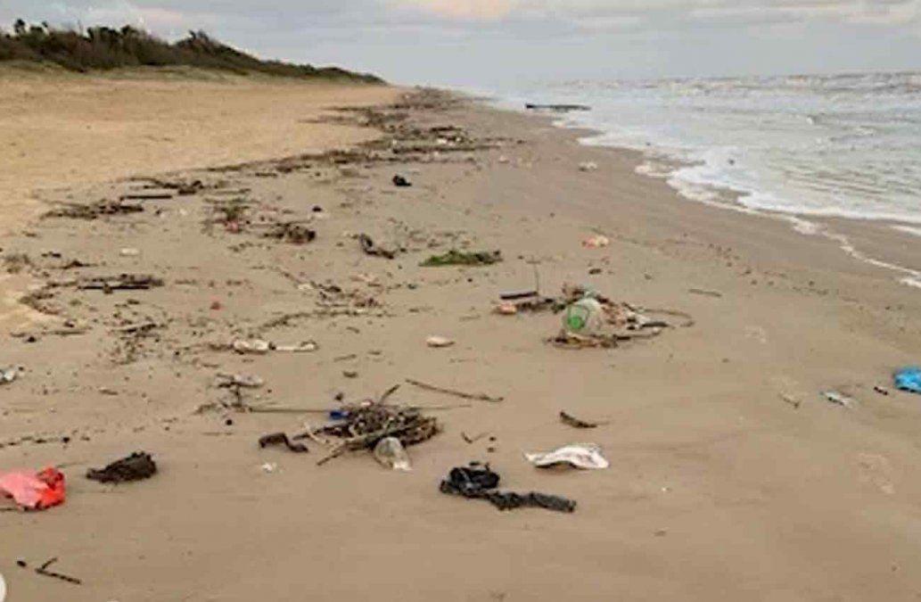 Director de DINAMA respondió a Adams y afirmó que llega basura del mar a todas las costas