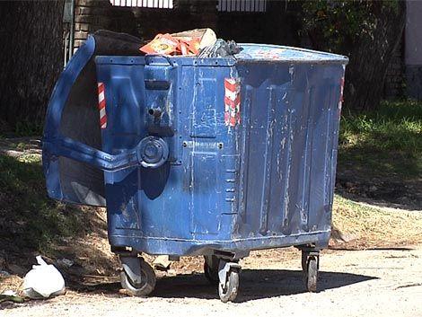 Hallan una beba sin vida en un contenedor de basura