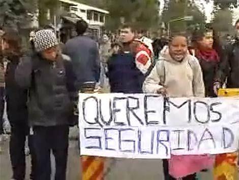 Liceo de Colón paralizado por rapiñas dentro del local