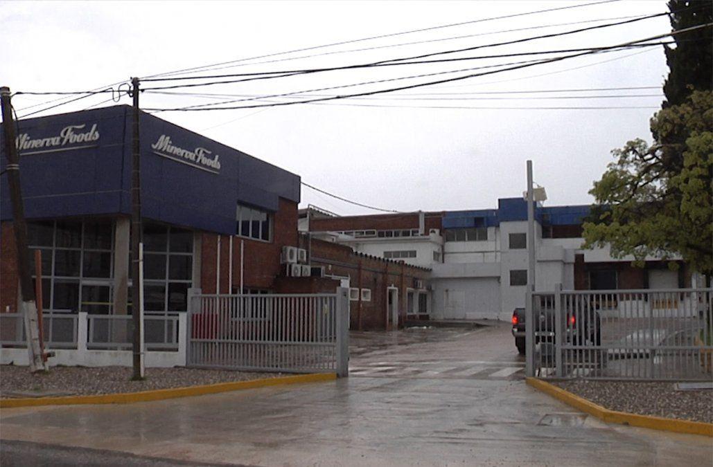 Frigorífico Canelones anunció el envío de 600 trabajadores a seguro de paro