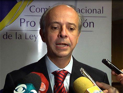 Comisión contra el aborto solicita cadena de radio y televisión