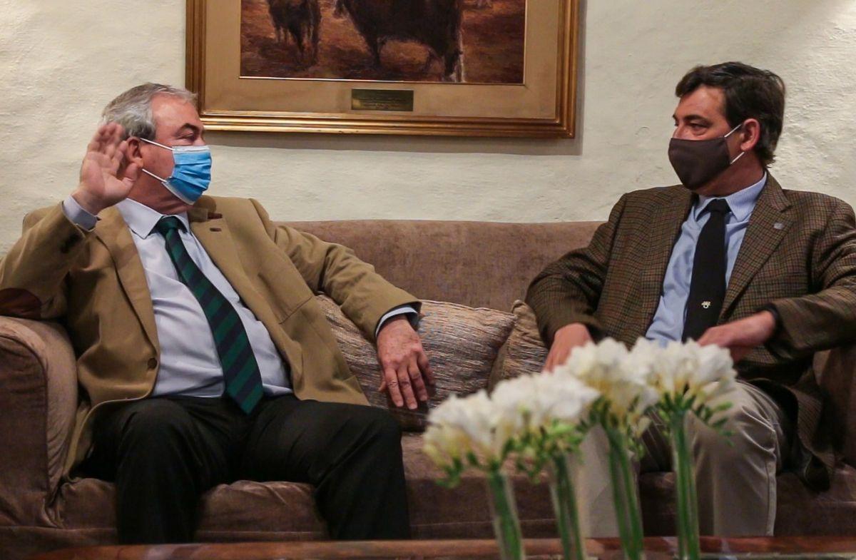Ministro Heber con Gonzalo Valdés