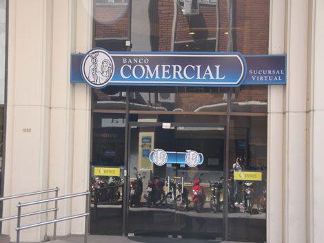 Argentinos denunciados por estafa contra el ex Banco Comercial