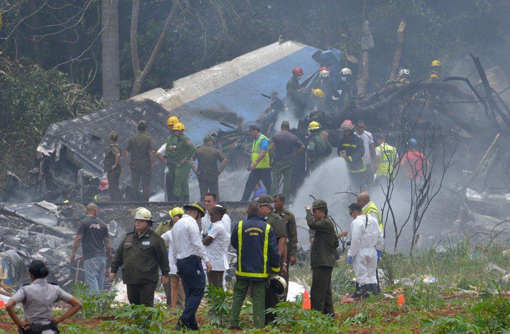Accidente aéreo deja 107 muertos y tres sobreviventes en Cuba