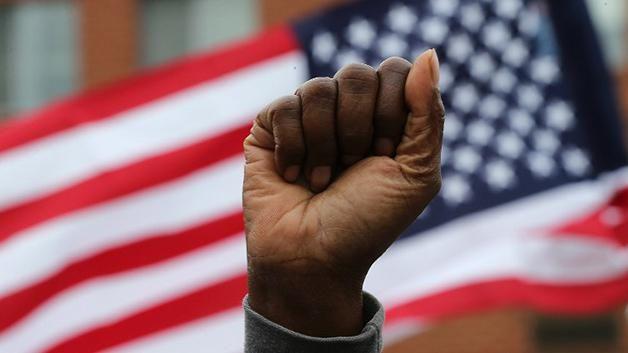 Seis policías serán procesados por muerte de joven negro en Baltimore