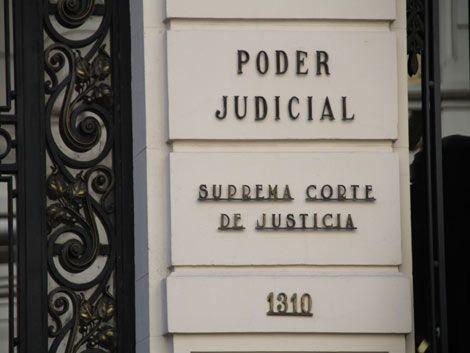 Suprema Corte critica al gobierno y paraliza el Poder Judicial