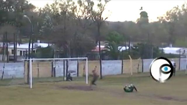 Mirá este gol de arco a arco que se dio en el fútbol del interior