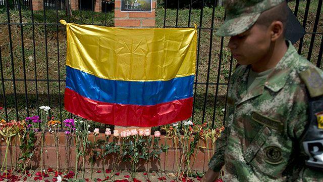 FARC suspende cese al fuego en Colombia tras muerte de 26 guerrilleros