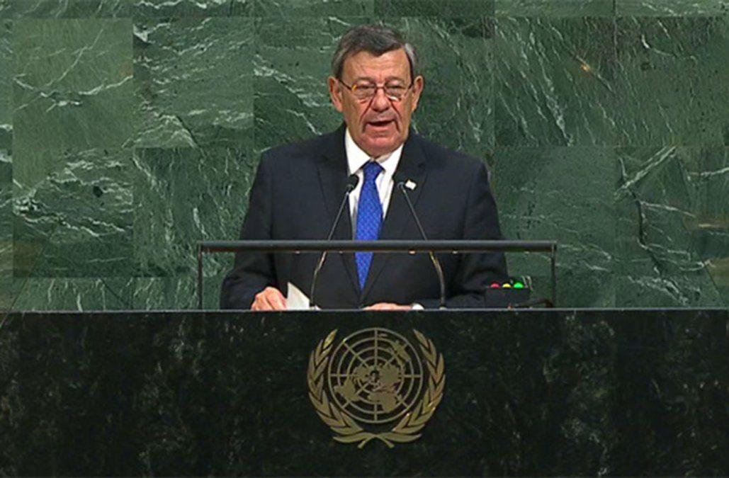 Nin Novoa dijo que Uruguay no saldrá de la UNASUR