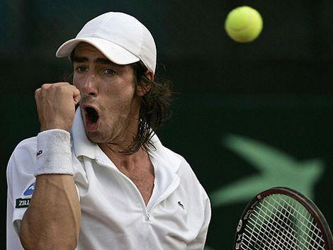 Triunfo de Pablo Cuevas en su debut en Roland Garros