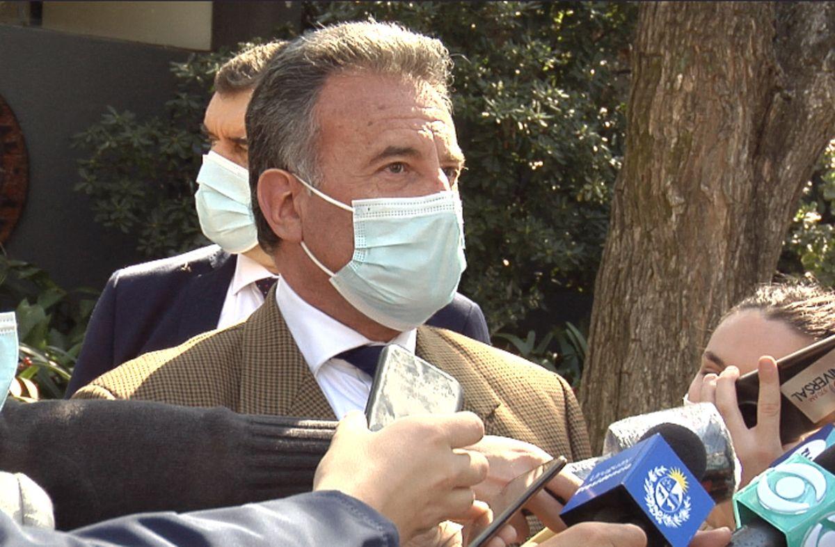 ¿Qué dijo el ministro Daniel Salinas sobre el uso de tapabocas al aire libre?