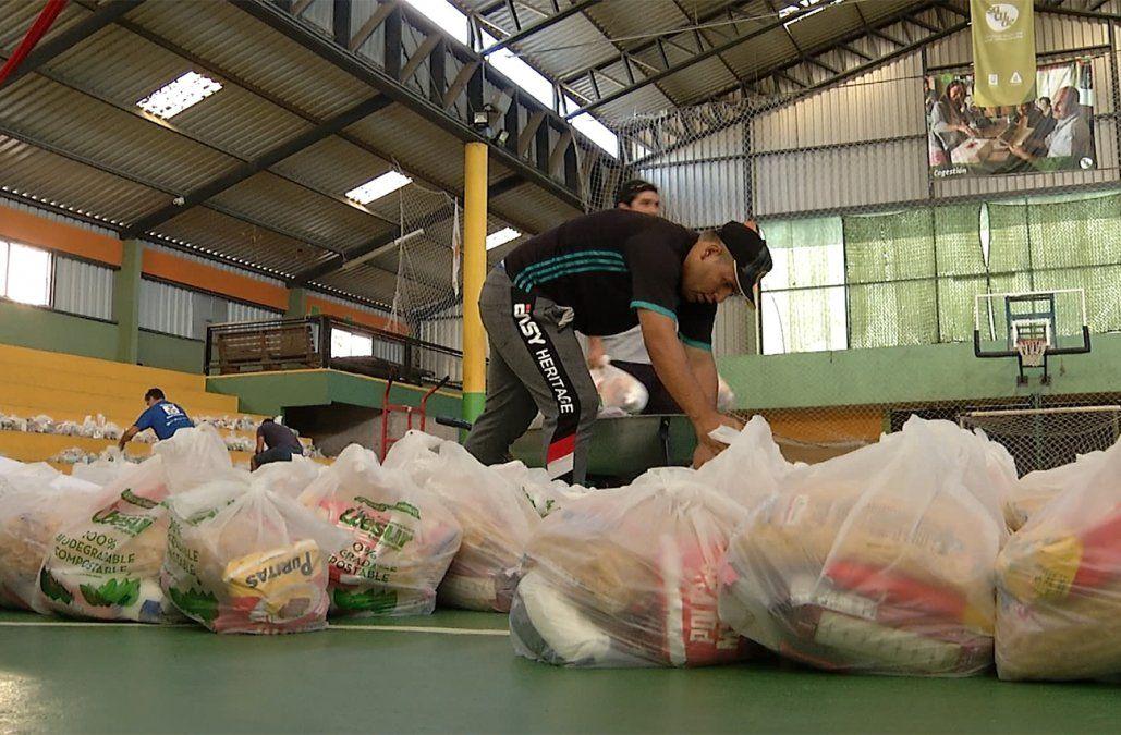 Luis Suárez donó 500 canastas de alimentos e higiene para familias de Casavalle