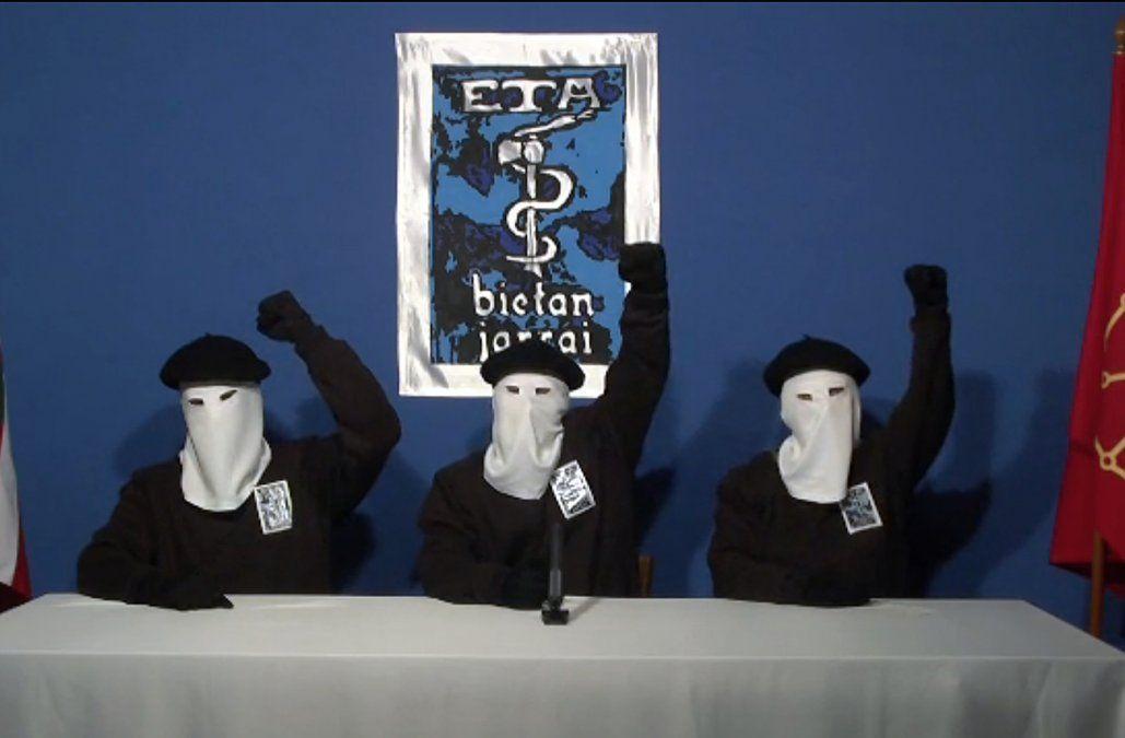 ETA desmanteló todas sus estructuras y puso fin a su actividad política