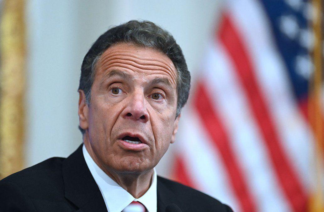 Gobernador de Nueva York Andrew Cuomo renunció tras acusaciones de acoso sexual