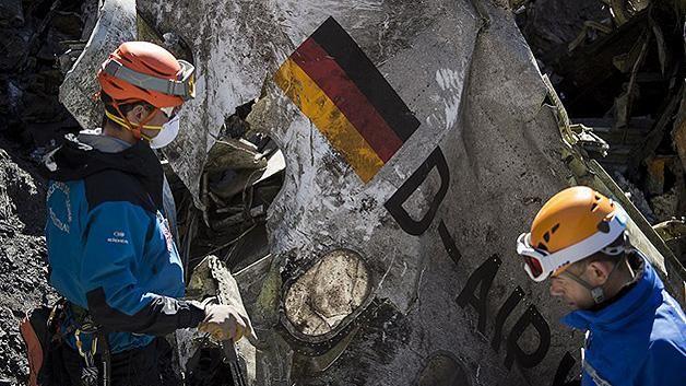 Copiloto de Germanwings probó la maniobra de caída en el vuelo de ida