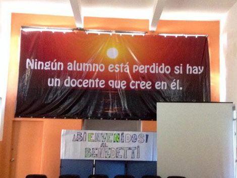 Vázquez planea escuela de nueve años y mano firme con los gremios