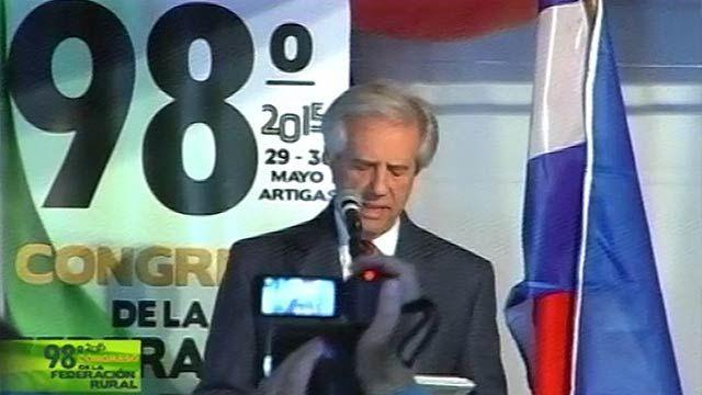 Vázquez anunció en Artigas que se reconstruirá toda la ruta 30
