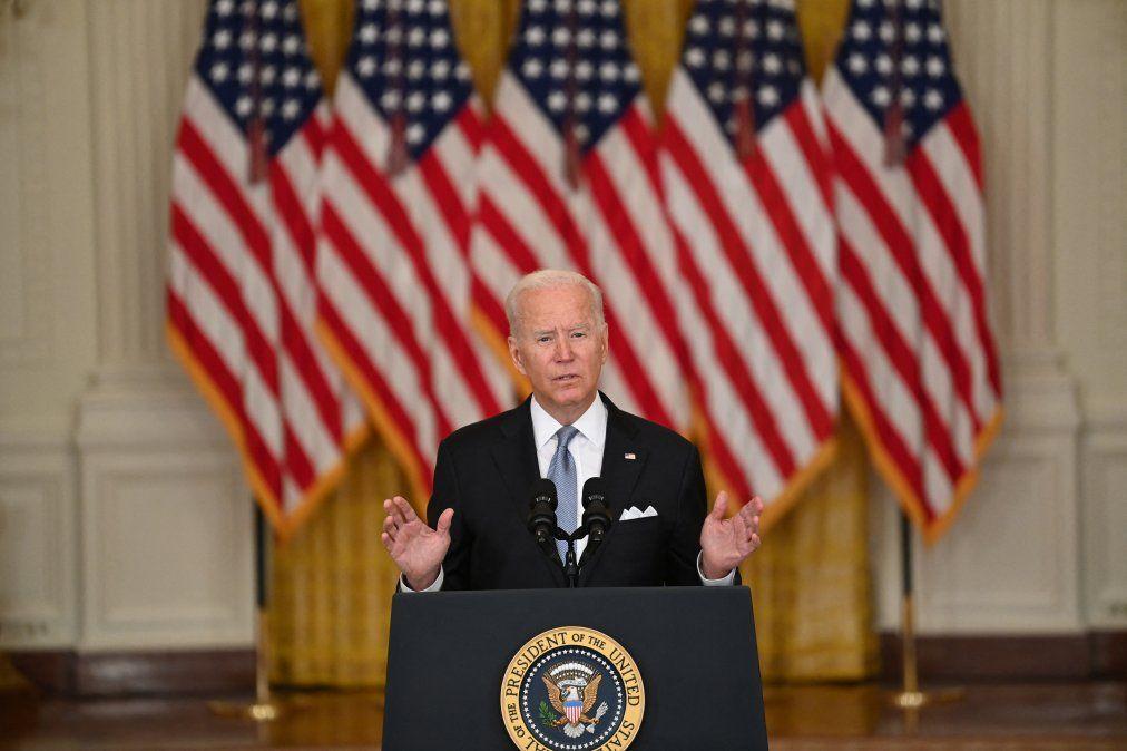 Joe Biden se pronuncia sobre la situación en Afganistán en el Salón Este de la Casa Blanca el 16 de agosto en Washington