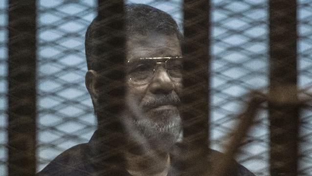 Ex presidente de Egipto Mohamed Mursi fue condenado a muerte