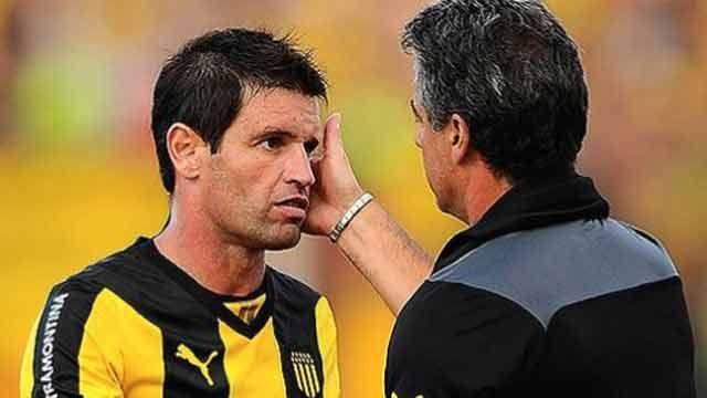 Bengoechea pensó renunciar cuando no le renovaron contrato a Pacheco
