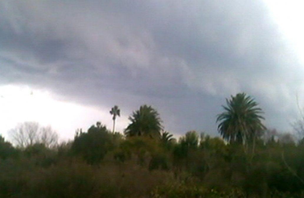 Domingo nuboso con baja probabilidad de precipitaciones