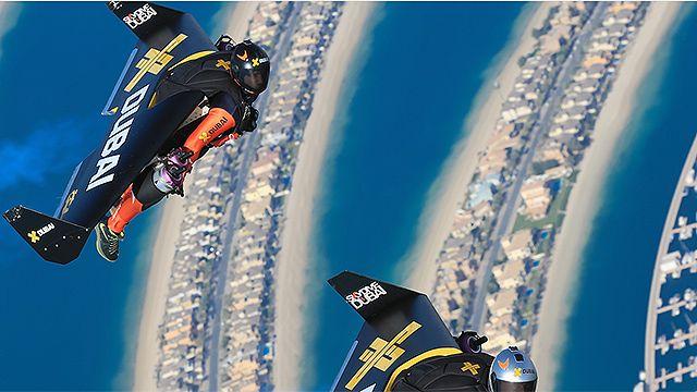 La última hazaña del hombre volador: paseo sincronizado sobre Dubai