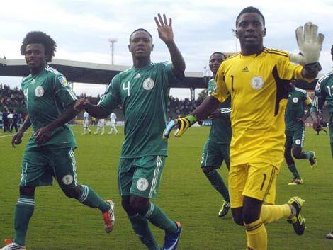 España y Nigeria golearon a Costa Rica y Guatemala