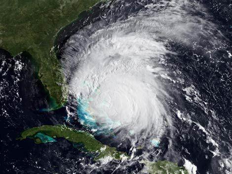 Nueva York y Nueva Jersey declaran emergencia por huracán Irene