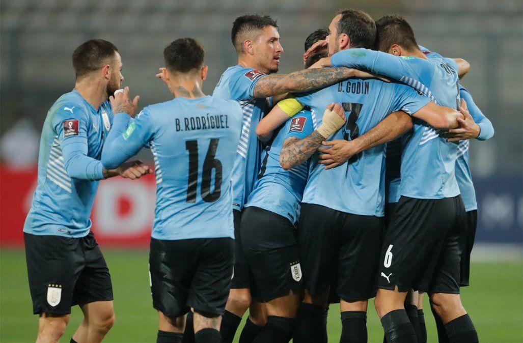 Uruguay empató con Perú 1-1 y sigue en la cuarta posición con 9 puntos